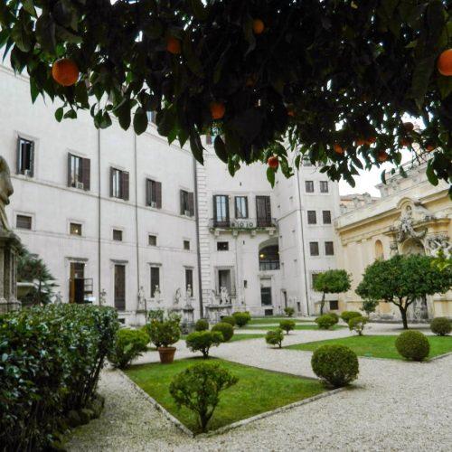 2020-le-sedi-palazzo-borghese-esposizione-triennale-arti-visive-roma-foto-06