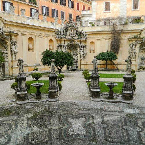 2020-le-sedi-palazzo-borghese-esposizione-triennale-arti-visive-roma-foto-07